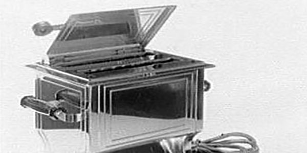 Can You Identify These 10 Early 1900s Kitchen Appliances?